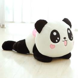 Promotion oreillers panda en peluche Cadeaux Mignon poupée en peluche peluche Panda Oreiller bébé Cotton Sofa Pillow Enfants Lit souple Peluche Enfants Anniversaire commander 18Personne $ piste