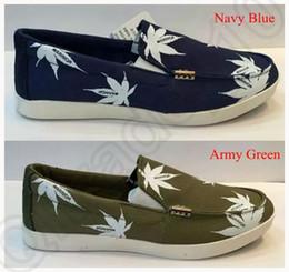 Wholesale LJJJ102 Men Canvas Maple Leaf Print Flats Loafers Comfort Casual Boat Shoes Low cut Breathable Slip on Shoes New