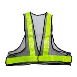Wholesale-classic style High Quality Reflective Vest Warning V-Shaped Reflective Safety Vest GREEN Work Wear Uniforms Clothing