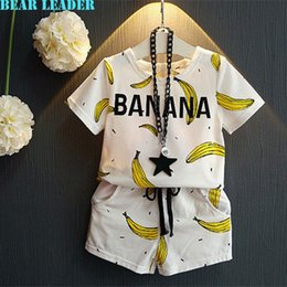 Wholesale Girls Clothes New Summer Style Boy Clothing Sets Banana Print Design T shirt Shorts for Gril Clothing Set