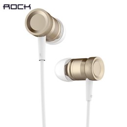 Wholesale 2016 Rock brand Mular stereo earphone Retail Ear Earphone with and volume control Headphones For Phones by post