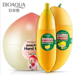 Wholesale BIOAQUA Banana Milk Hand Creams Peaches Mango Fruit Moisturizing Nourish Hand Care Lotions Handcreme Skin Defender Skin Care Cream Products