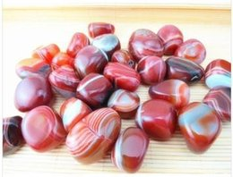 Wholesale tone picture Natural chalcedony carnelian red agate Natural Stone Natural crystal agate stone mineral red lines agate stone small decorat