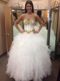 Gorgeous 2018 Quinceanera Dresses Sweetheart Sleeveless Gold Sparkling Crystal Beaded White Skirt Prom Evening Ball Gowns