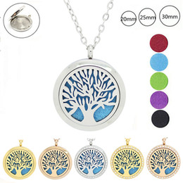 With chain as gift! Wholesale 316L Stainless Steel Life Tree Aromatherapy Locket Magnetic Essential Oil Diffuser Locket Necklace