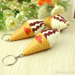 Wholesale Light ice cream keychain Japanese sweet small fresh pink color ice cream birthday gift Meng pet system