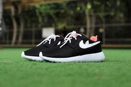 Wholesale 2016 New Cheap Children Athletic Roshe Run Sneakers Boys And Girls Running Shoes Kids Olympic Shoes