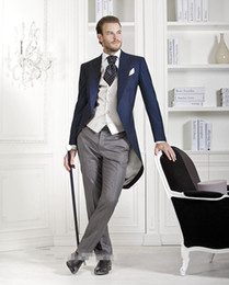 New Fashion Tailcoat Wedding Prom Suits For Men 3 Pieces Suits Groom Tuxedos (Jacket+Pants+Tie+Vest) Business suit