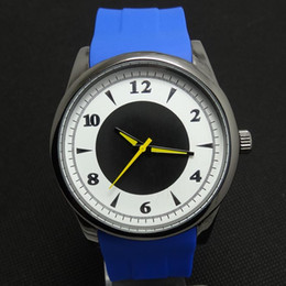 Top Brand New Unisex Shock Resistant Quartz-battery 2016 The Sports Luxury Watches Name Logo Quartz Men for Mens Women Dress Wristwatches