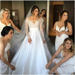 Delicate A line Sheer Neck Lace Wedding gown 2016 new satin Appliques Long Sleeve wedding dresses