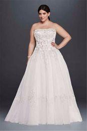 Wholesale Straight Strapless Wedding Dress - Straight Strapless Neckline Tulle Wedding Dress with Lace Appliques 9OP1269 Crystals Plus Size Bridal Gowns vestido de novia