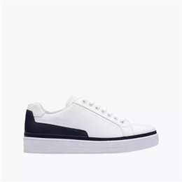 Wholesale casual sport shoes the highest quality lace up genuine leather round toe fasion original item famous brand rubber tread shoe free shippiing