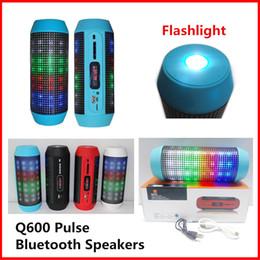 New Q600 Bluetooth Speakers Portable Wireless Pulse Pills LED Light Flash Loud Speaker Bulit-in Mic Handsfree Speaker Support FM USB VS V318