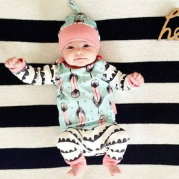 Wholesale NWT INS Cute Baby Girls cotton piece Outfits Pajamas Summer Sets Cotton Tops Shirts jumper Harem Pants legging hat Feather print