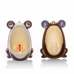 2016 New Frog Children Potty Toilet Training Kids Urinal for Boys Pee Trainer Bathroom Potty Training