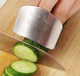 Wholesale Stainless Steel Finger Guard Vegetable Protect Hands Finger Guard Anti Cut Hand Creative Kitchen Tools Small Tools