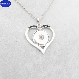 Wholesale REALLY Hot Sale White Antique Silver Plated Noosa Love Heart With MM Snap Button Necklace DIY Jewelry