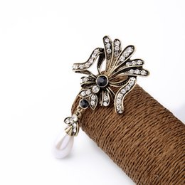 Wholesale 2016 Pave Floral Brooch Teardrop Pearl Charm Brooches Dotted Crystals and Round cut Sapphire Stone Vintage Gold Plated