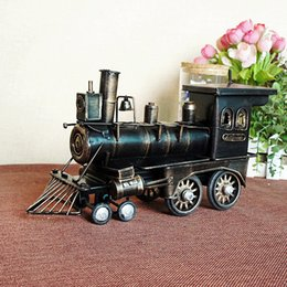 Wholesale Classic Ironwork Ancient Train Collections Showcase Craftwork Handmade Retro Steam Trains Models Learning Education Christmas Birthday gi