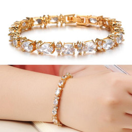Wholesale Copper Platinum Bracelet AAA Cubic Zirconia Inlaid Perfect Artificial Shine Colorful Jewerly Elegent Luxury Platinum plated bracelet Wholesa