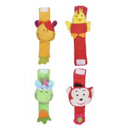 Wholesale 4pcs Baby Wrist Rattle Strap Cartoon Baby Toy Cartoon Animal Monkey Giraffe Chick Cow Plush Rattle With Ring Bell High Quality Kids Toys
