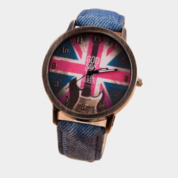 Wholesale Woman Leisure Fashion Watch Strap Round Dial Of The British Flag Pattern Dial Features Luminous Hands Made Of Leather Strap
