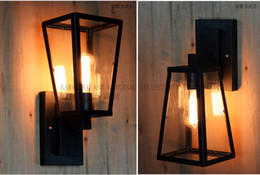 Wholesale American retro simple character Wall lamp Wall lamp outdoor antique wall lamps loft industrial iron outdoor lights waterproof lights factory