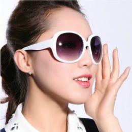 Wholesale Newest designer sunglasses Wild tide yurt sunglasses star model sunglasses for women and men