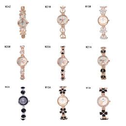 Descuento relojes de pulsera piezas venta caliente reloj de pulsera de relojes del anti-fatiga relojes 6 pedazos una porción del color de la mezcla, las mujeres del corazón de la flor de la manera miran el reloj GTWH2 reserva de marcha