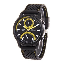 Casual Watch For Mens Fashion Round Dial Silicone Watch Brand New Analog Quartz Man Sport Watch