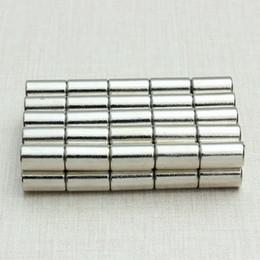 Acheter en ligne Aimant néodyme forte-50pcs N52 forte aimant néodyme Disques Cylindre Rare Earth 6x10mm