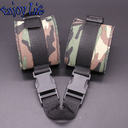 Wholesale Camouflage Neoprene Bondage Handcuffs for Cool Men Restraint Wrist Cuffs Couple Adult Gay Sex Toys