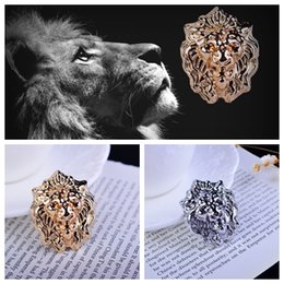 High-end men's suits personality brooch crystal collar pin buckle Europe original design domineering Lions pin buckle