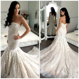 2019 New Designer Bridal Mermaid Full Wedding Dresses Appliques Chapel Train Sweetheart Fashion Tulle Lace Low Back White Ivory Bridal Gowns