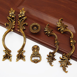 Wholesale 3pcs European antique handle drawer pulls wardrobe cupboard door handles drawer knobs Furniture Hardware Accessory home decor
