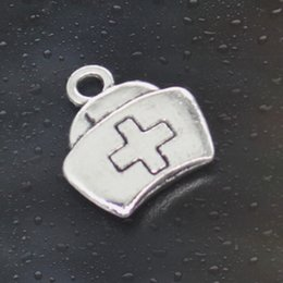 Wholesale HOT Fashion first aid kit cross Charms Antique Silver Alloy Jewelry DIY For Pandora Bracelet Pendant Necklace