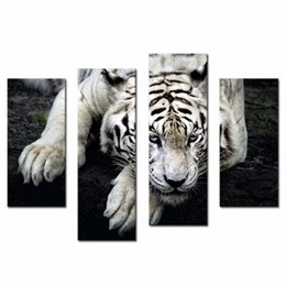 Wholesale LK4138 Panel Oil Painting Tiger Sit On The Grass Hill With Black Background Wall Art Painting Pictures Print On Canvas Oil Painting For Sa