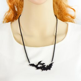 Wholesale 2016 Costume Jewelry Gothic Style Black Chain Lovely Animal Bat Necklaces Pendants Fashion Accessories
