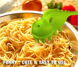 Wholesale Kids Children astasaurus Pasta Server Pink and Green Spaghetti Fork Addition To Nessie Soup Loch Ness Ladle pasta dinosaur fork drain noodle