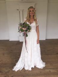 Vintage Sheer V-Neck Beach Wedding Dresses 2016 V-Neck Short Sleeve Lace Bridal Dresses Covered Button Back Ivory Wedding Gowns