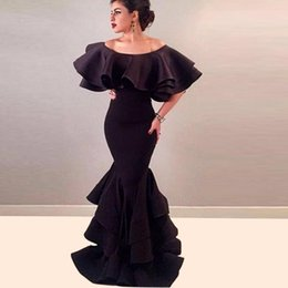 Sexy Black Arabic Long Mermaid Evening Dresses Tieredskirts Robe De Soiree Courte Off Shoulder Cape Prom Party Gowns Formal Wear