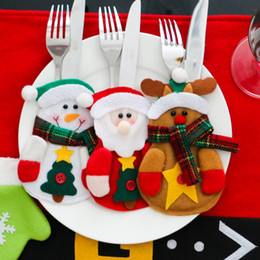 Wholesale 3 Set Christmas Decoration Santa Claus Snowman Moose Beer Tableware Holder Silverware Holder Pockets Set Knife and Fork Bags