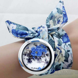 Wholesale Sweet Ladies Fashion - shsby new unique Ladies flower cloth wristwatch fashion women dress watch high quality fabric watch sweet girls Bracelet watch Mix 2