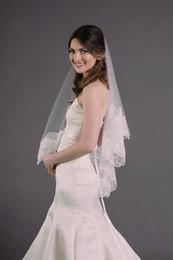 Top Quality Best Sale Romantic Wedding Veils Fingertip Bridal Veil Without Comb Beautiful lace Dresses White Ivory