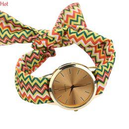 Design Ladies Wave Stripes Cloth Wrist Watch Gold Fashion Women Dress Watches Quartz Analog Bracelet Fabric Watch Sweet Girls Watch SV019238