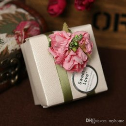 Wholesale 50Pcs Athens grain Green Silk Ribbon With Pink Flowers Candy Boxes Wedding Style Favor Holders Gift Boxes