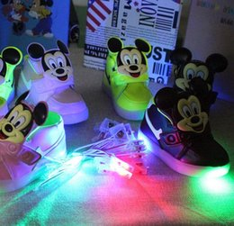 Wholesale 2016 Children Heelys Shoes With Led Lights Kids Roller Shoes With Wheels Wear Resistant baby boys girls Sneakers shoes