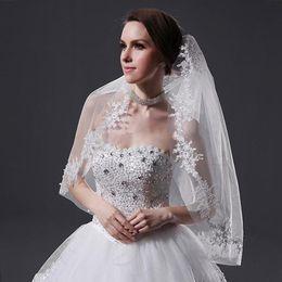 New Elegant Amazing For Wedding Dresses Fashion Designer Wrist White Ivory Blings Sparklings Wedding veil Lace Edge veils Applique