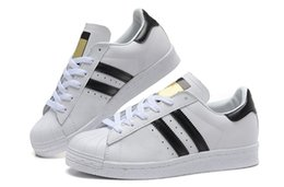 Wholesale Hot salesadidas Superstar S Man and Women shoes Shell head sandals Couple of sneakers Skate sneakers white Black gold tag