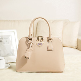 Wholesale New big brand shell bag ladies shoulder bag fashion casual bag aristocratic banquet diagonal bag leather handbag women bag